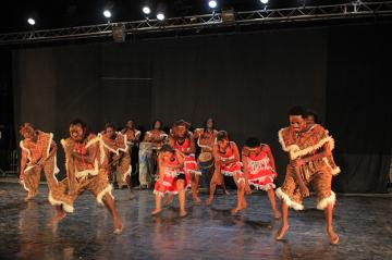 CIE JACQUES BANAYANGA EN SPECTACLE: